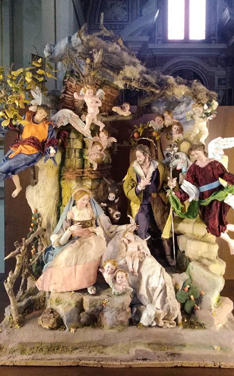 Susy-GATTO,-Nativita-con-adorazione-degli-angeli
